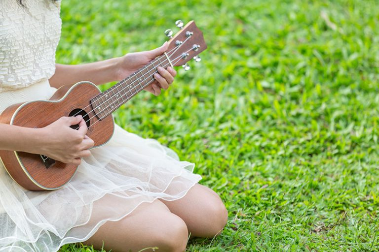 Concert Vs Tenor Ukuleles (What's The Difference?